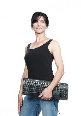 Tina Schmidt, Bürokraft